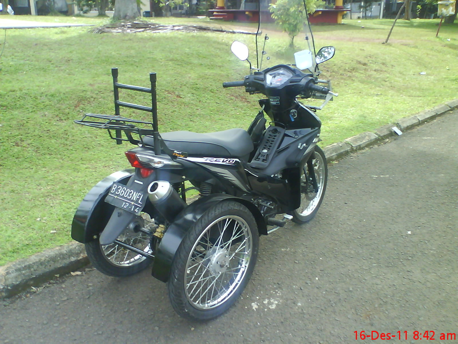 referensi motor modifikasi roda 3