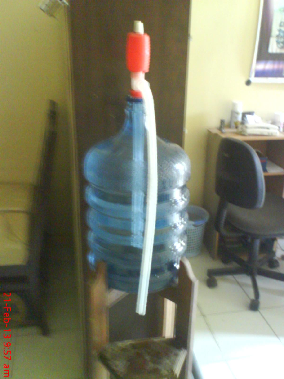 Tips Cara Menaruh Galon Air Yang Praktis Hariyanto Imadha Blog Motivasi Tip Trik Dan Kreativitas